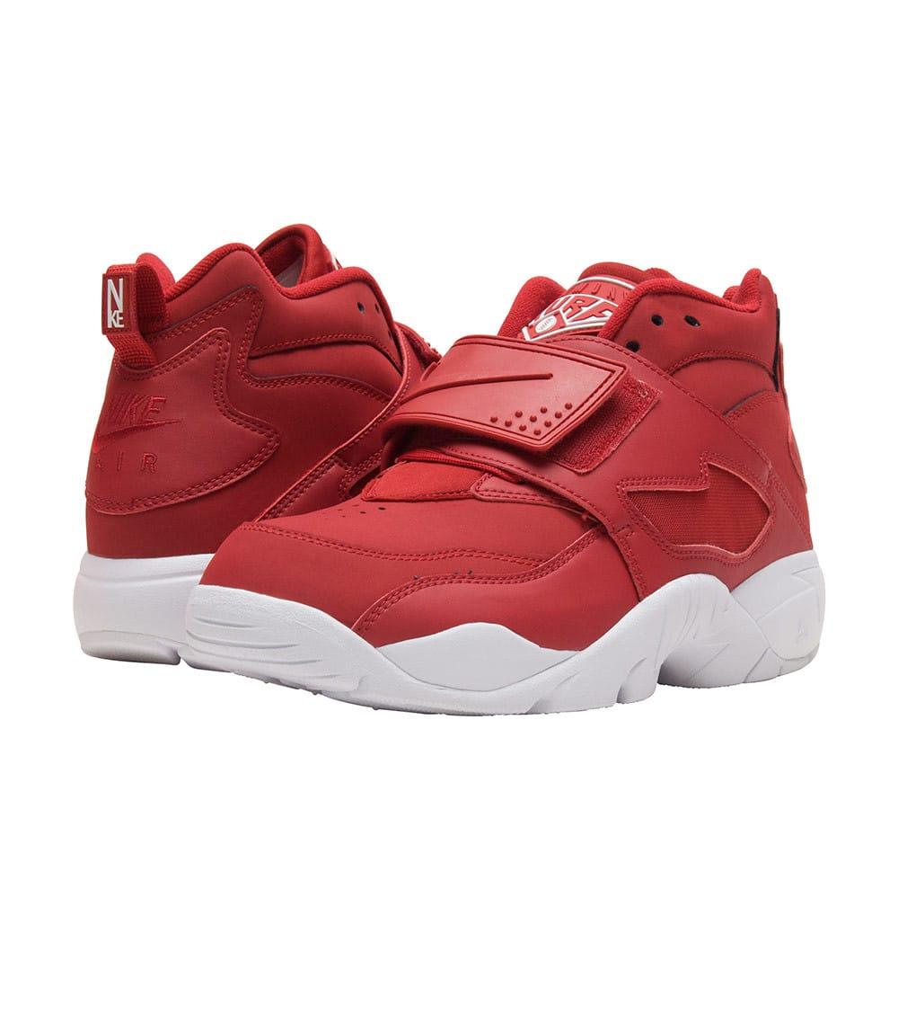 reputable site 57a5c c6305 Air Diamond Turf Sneaker