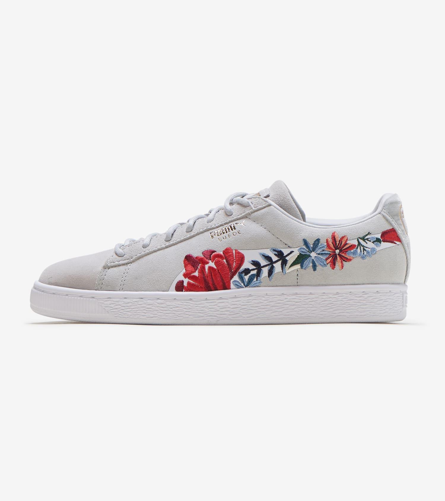 rencontrer c38d3 0473b Suede Hyper Embellished Shoe