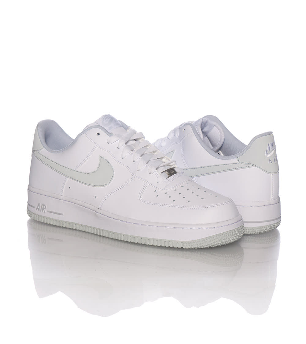 innovative design a9e53 a4fbc AIR FORCE ONE LOW SNEAKER