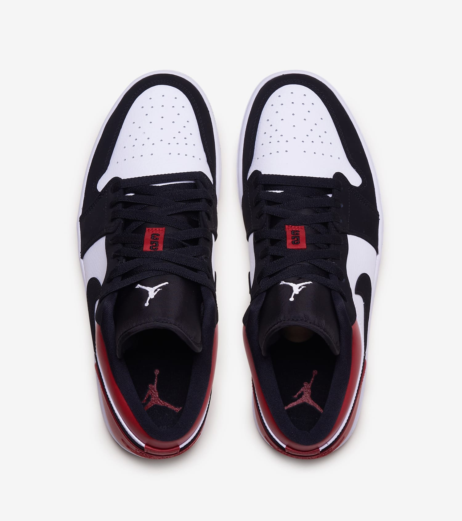 wholesale dealer f4fd3 57a1f Air Jordan 1 Low Black Toe