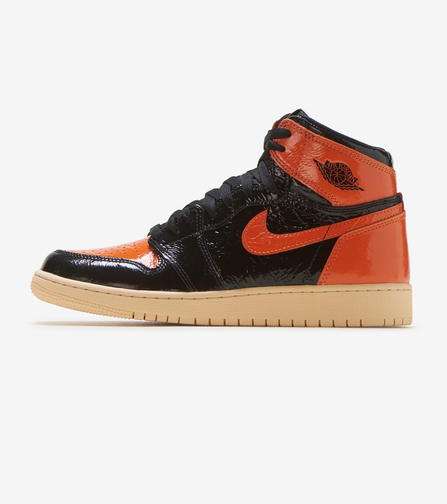 50% off factory outlets good looking Air Jordan 1 High OG
