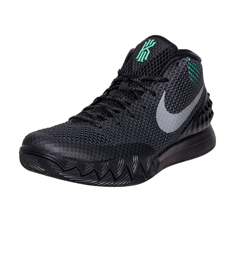 separation shoes e3fcc bbe8f KYRIE 1 SNEAKER