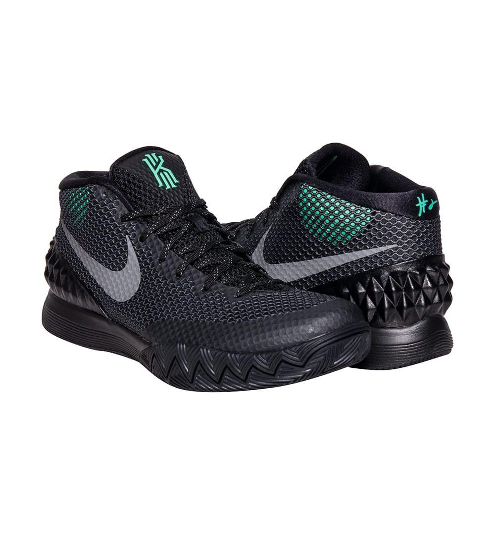 separation shoes 5d34d 88e64 KYRIE 1 SNEAKER