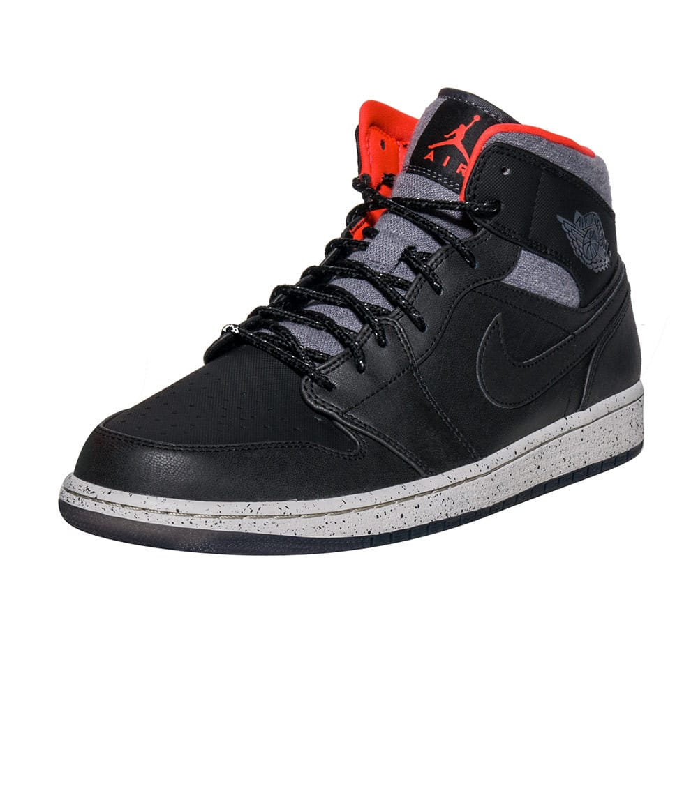 first rate 826ab 95d58 AJ 1 MID HOLIDAY SNEAKER