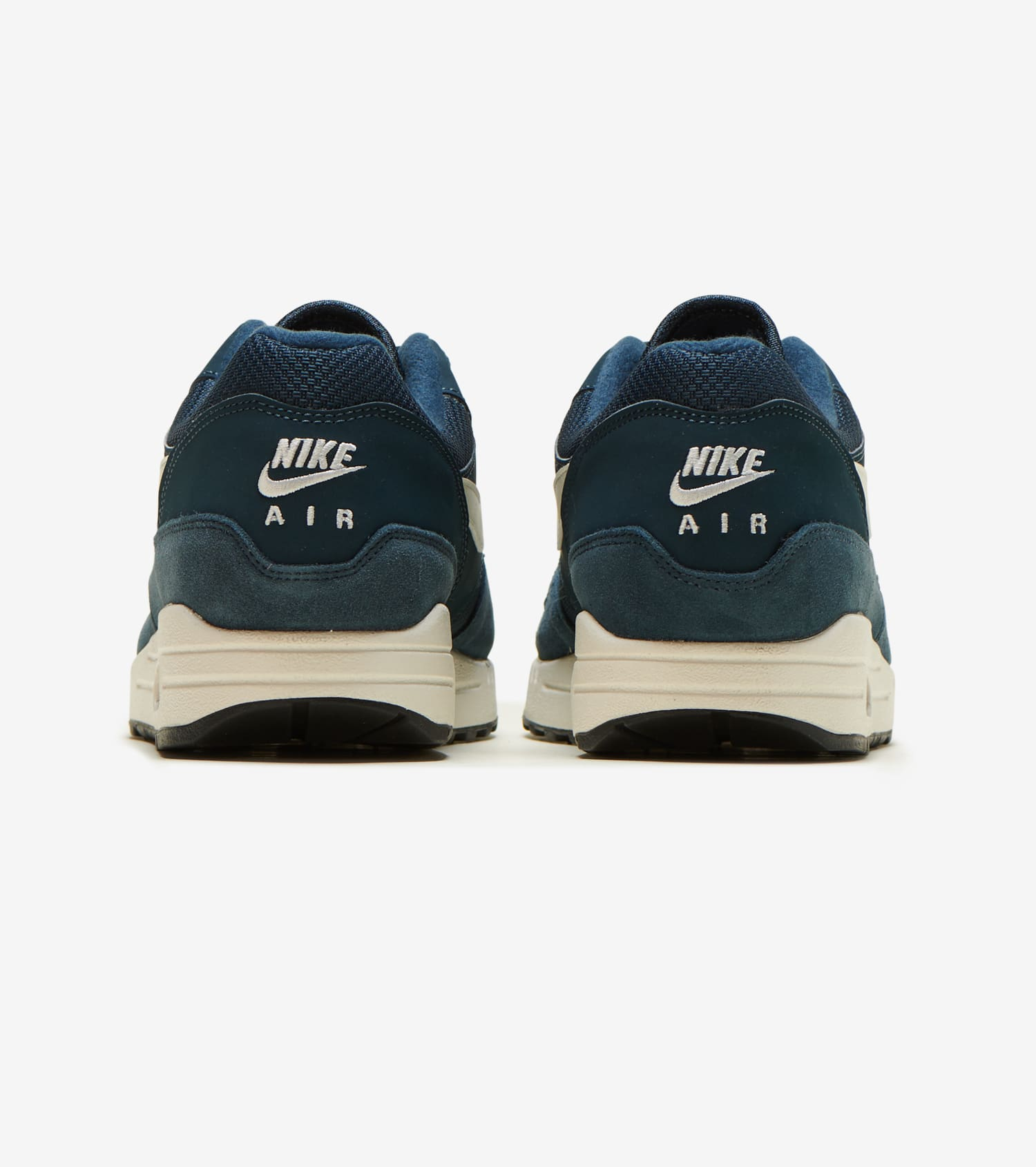 new york detailed pictures autumn shoes Air Max 1