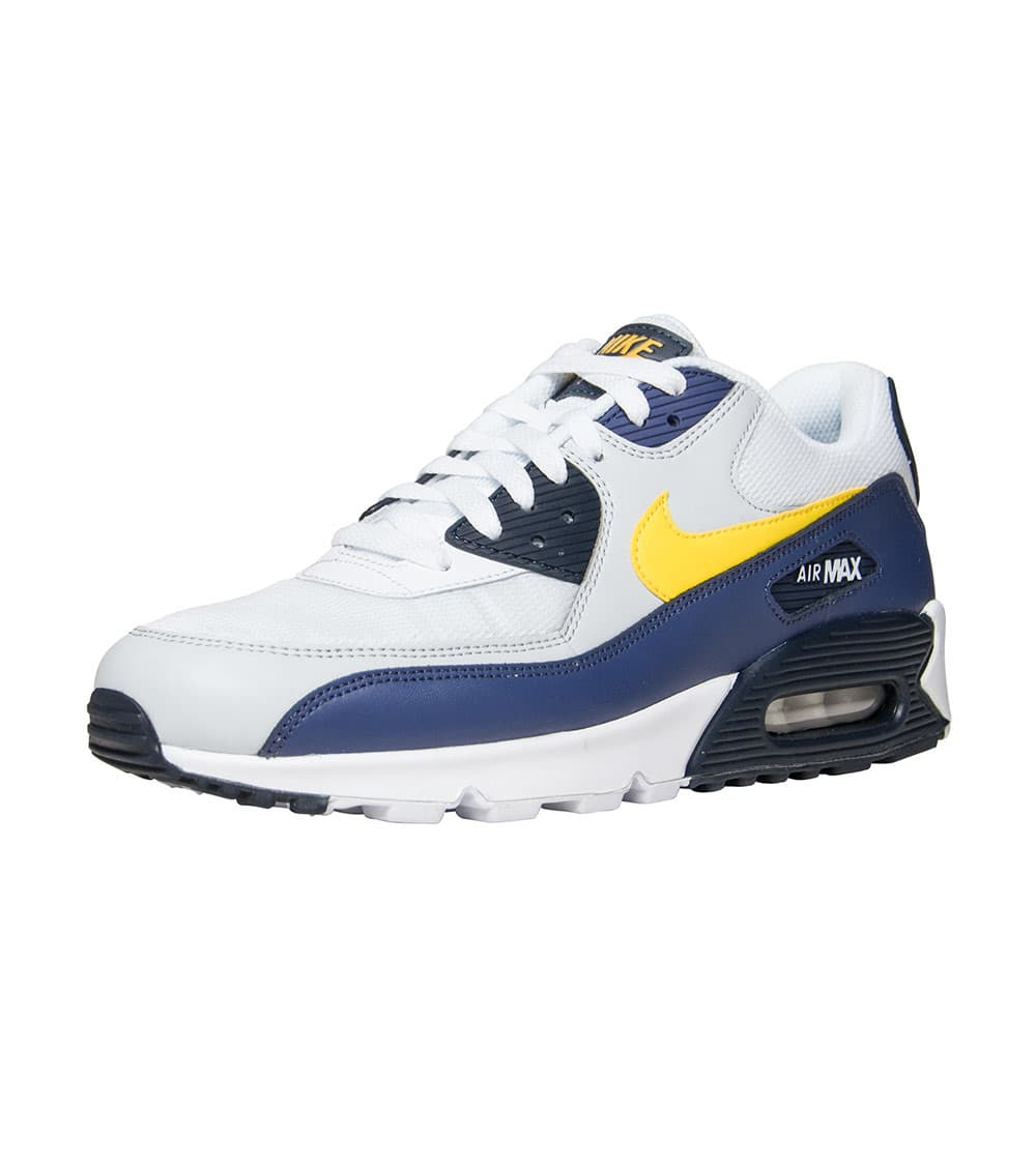 new product 3f113 f68b7 Air Max 90 Essential