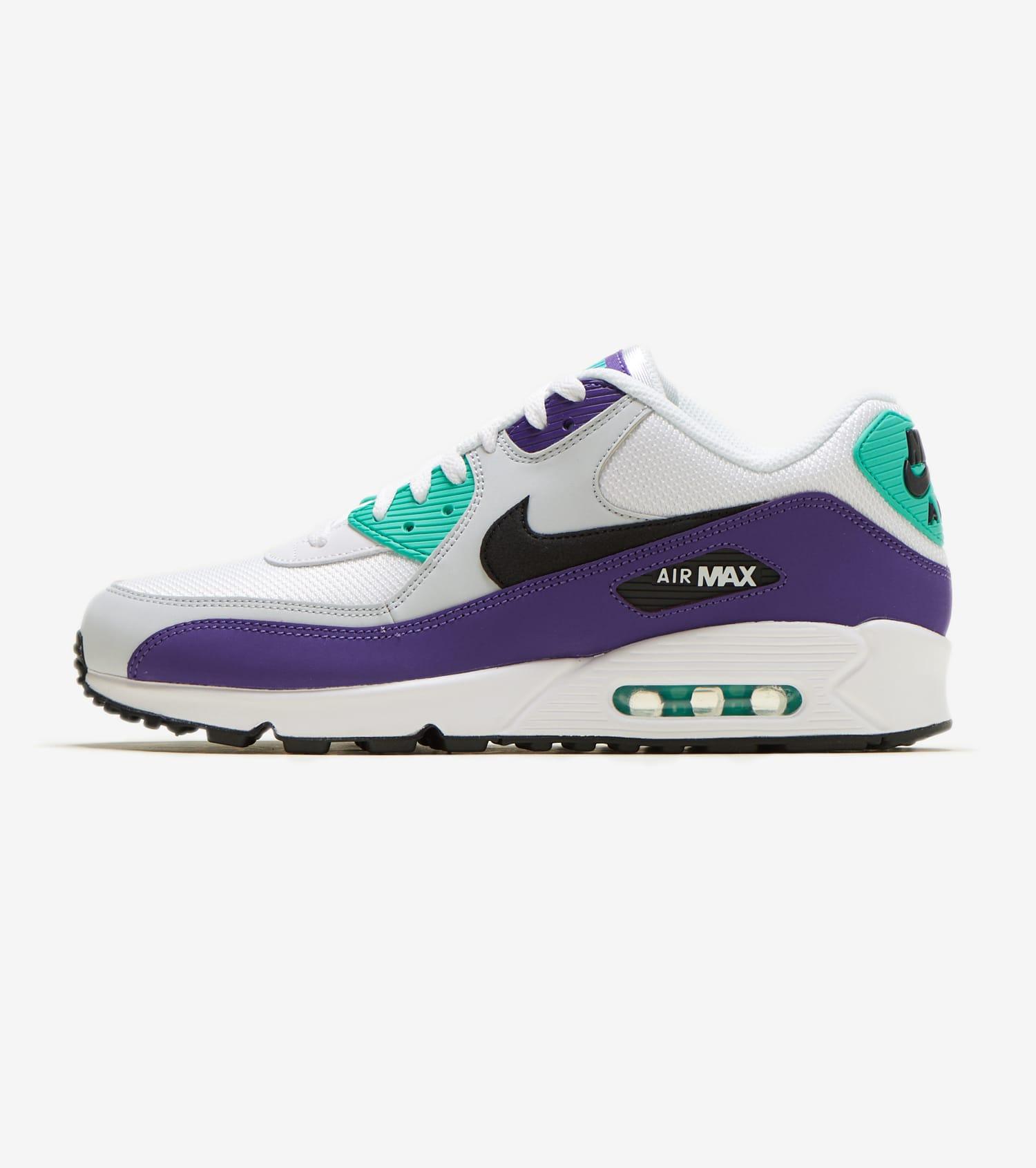 White Nike Air Max 90 Essential Sneakers | Nike | SIVVI.COM