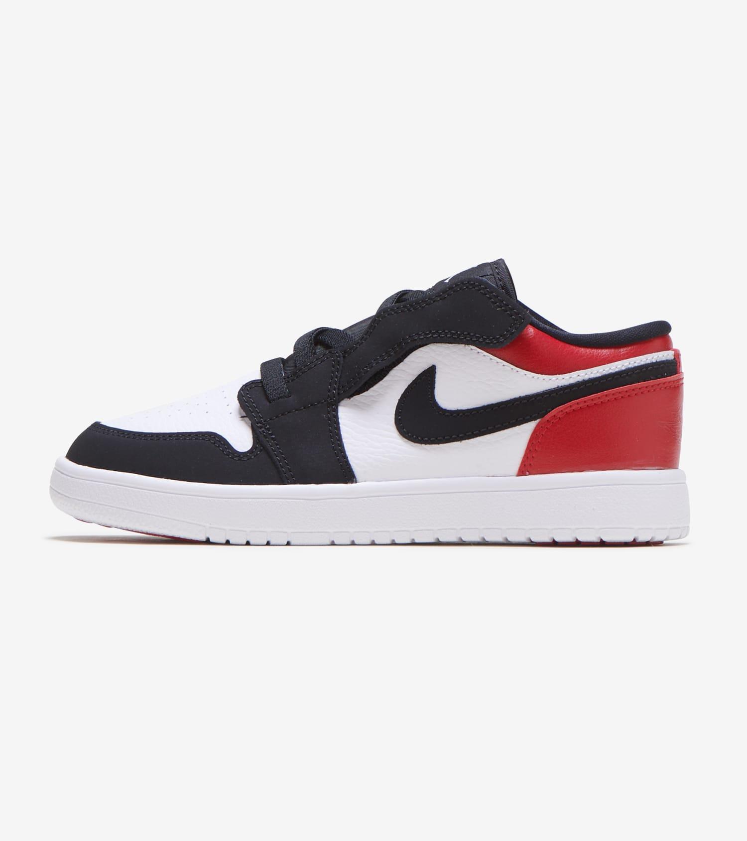 """online store 4d922 c1574 Air Jordan 1 Low """"Black Toe"""""""