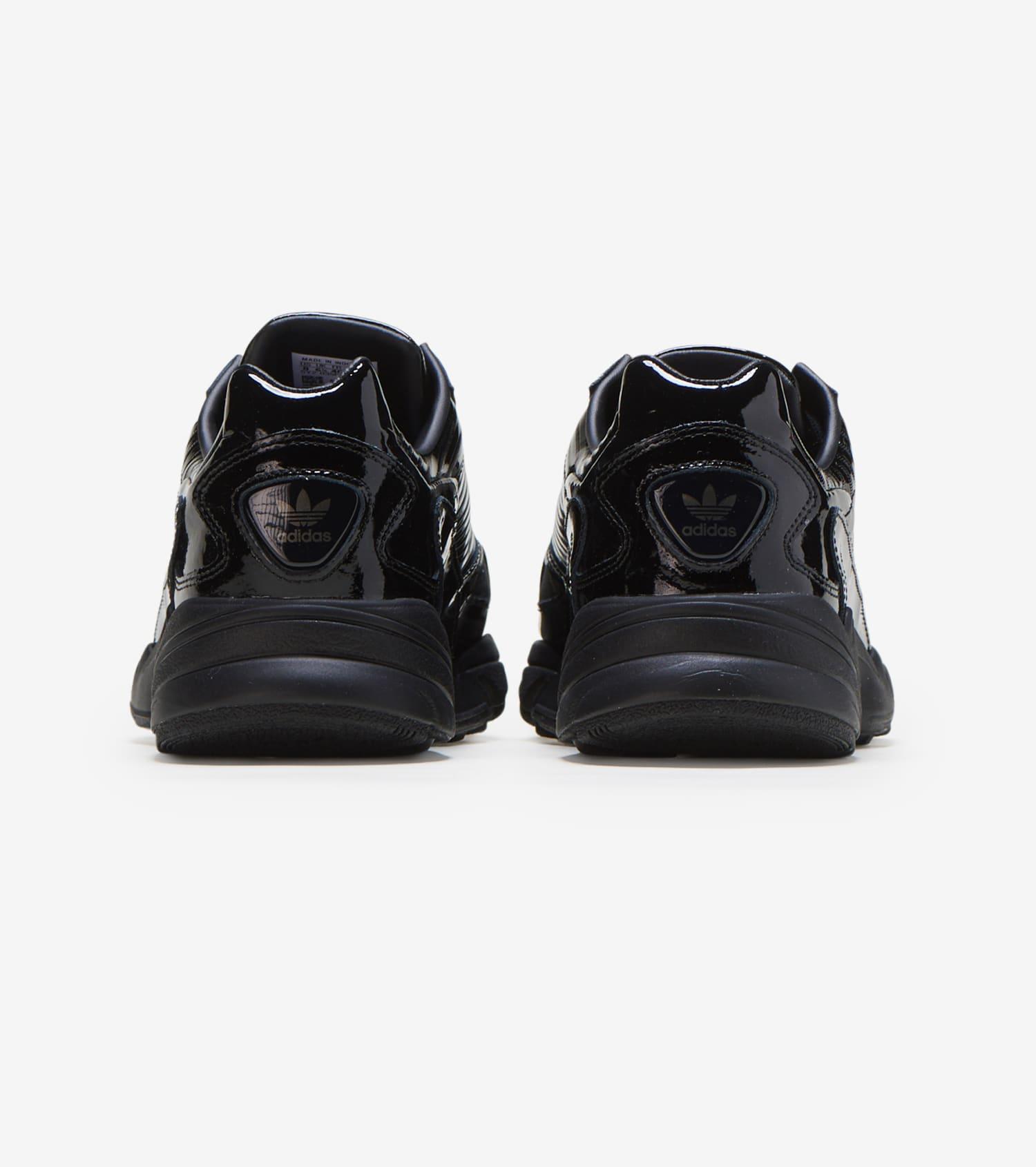 FALCON Sneakers black