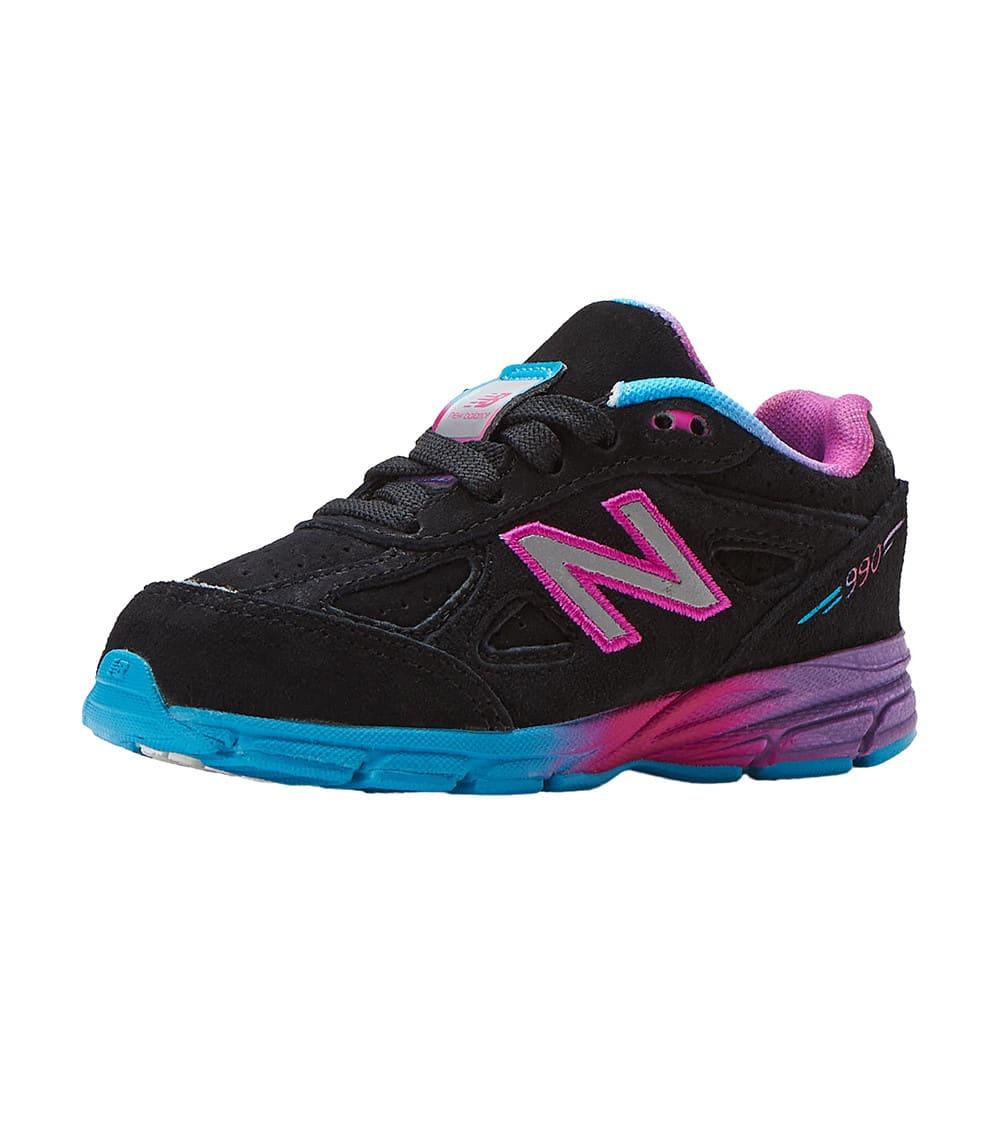 big sale 12df2 735da 990 Running Sneaker