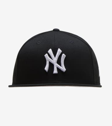 5e901f36e51 New Era New York Yankees 59FIFTY Snapback