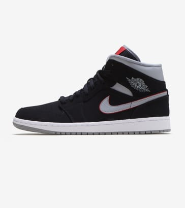 25c43ab4e591 Jordan 1 Mid Shoe