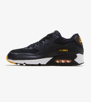 d1b74dfbe03c Nike Air Max 90 Essential