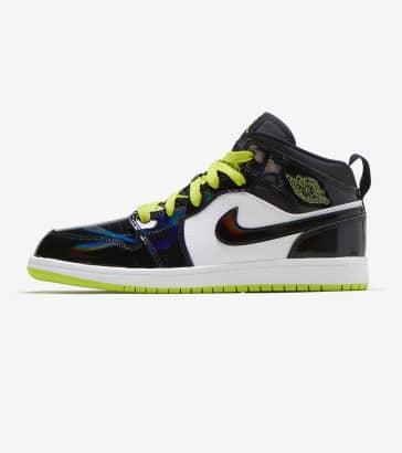 bc67db7e2d33 Jordan 1 Mid SE Shoe