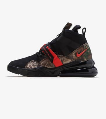 online retailer 108a0 7d351 Nike Air Force 270 Utility RLT
