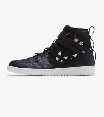 finest selection e1768 4122e Jordan 1 Mid Cargo Shoe