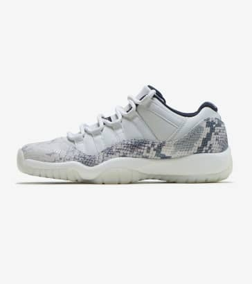 cb38eb507694 Jordan Retro 11 Low LE