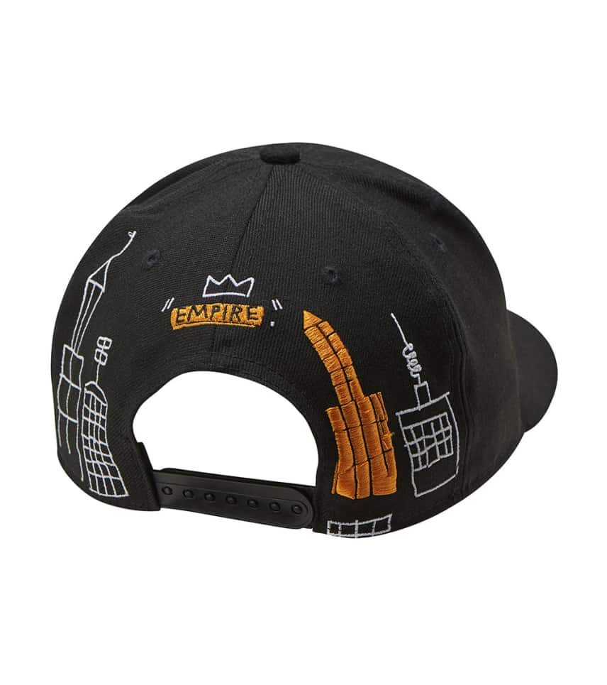 caeb0421e0de6 ... New Era - Caps Snapback - Knicks Empire Jean-Michel Basquiat Hat ...