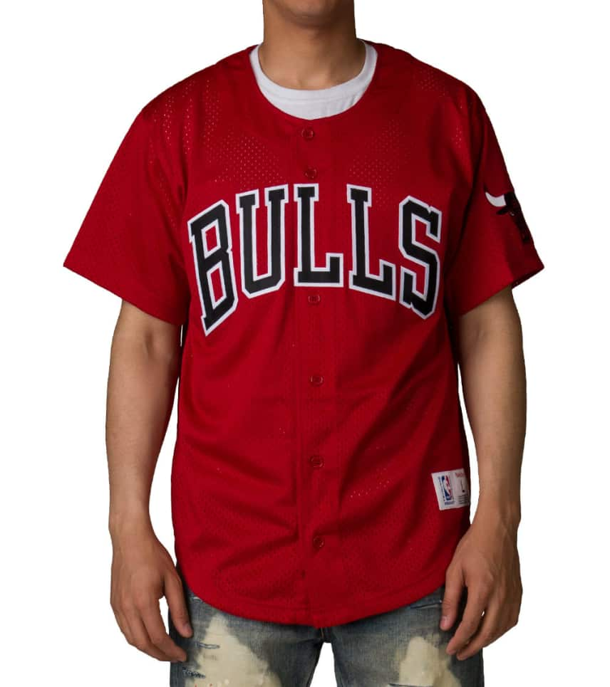 3784f9e45d1 Mitchell and Ness CHICAGO BULLS MESH BUTTON FRON (Red ...
