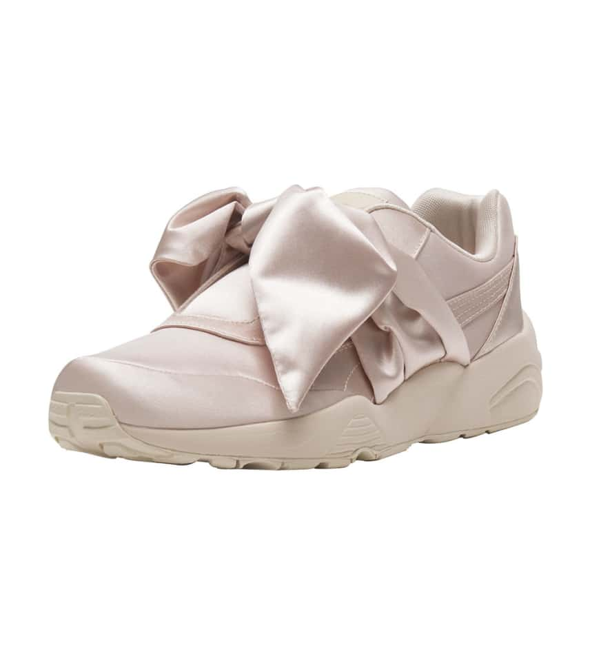 finest selection fe863 69c6c FENTY BOW SNEAKER