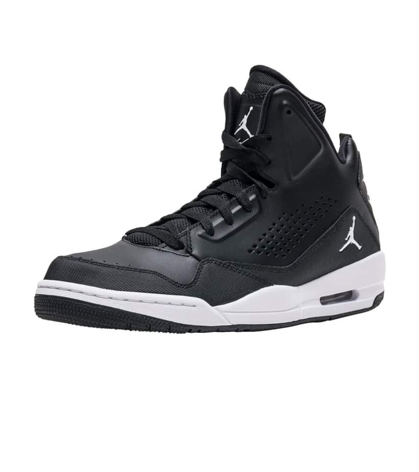 807c77f23995 Jordan SC 3 SNEAKER (Black) - 629877-008