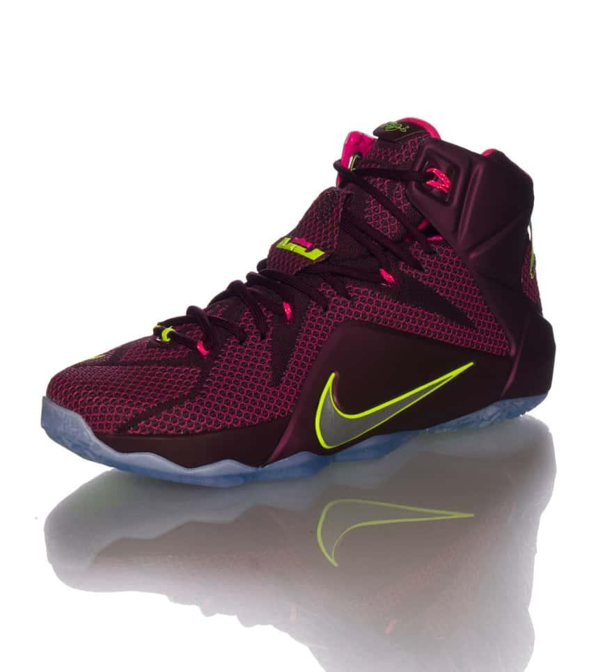sports shoes e9bd4 ade0a NIKE LEBRON XII MERLOT SNEAKER