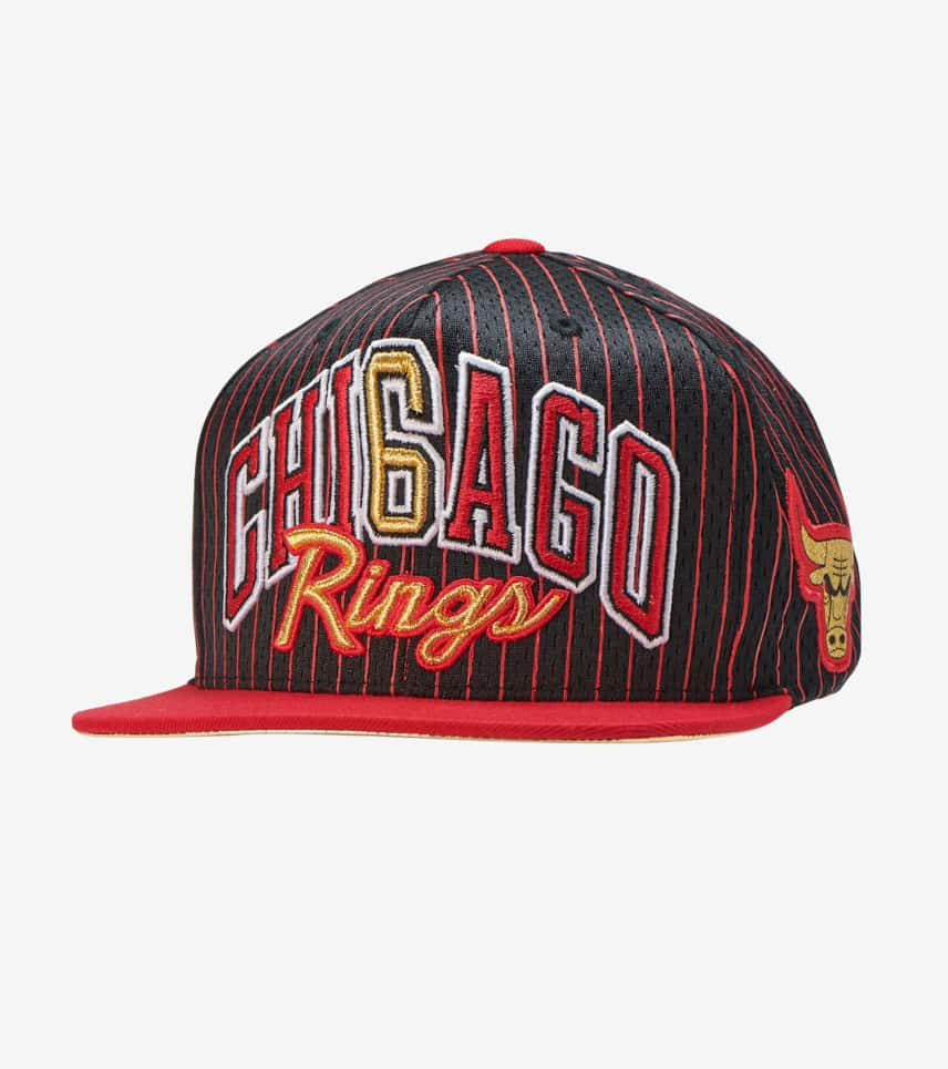 13b680cf673 Mitchell and Ness Chicago Bulls Snapback (Black) - 6HSSBLCKCBU ...