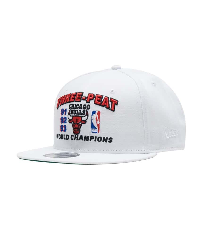 New Era Chicago Bulls Three Peat Snapback (White) - 70405675  c4e7b1267770