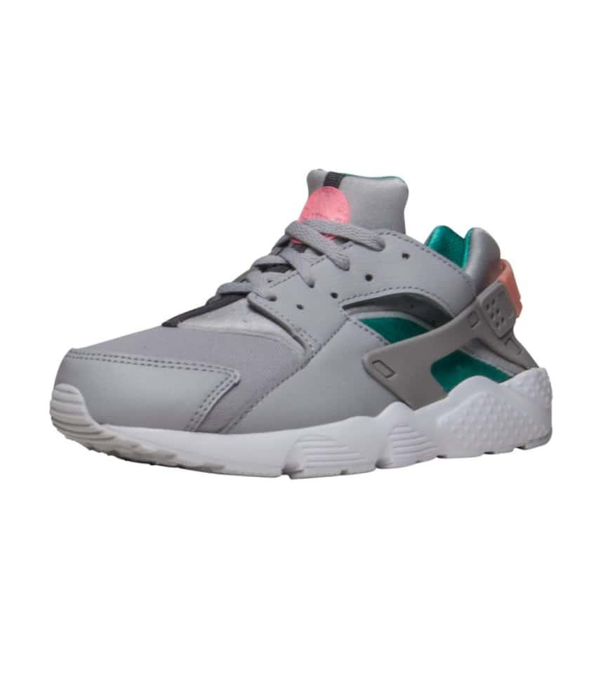 fa10f6b00cc9 Nike HUARACHE RUN SNEAKER (Grey) - 704949-034