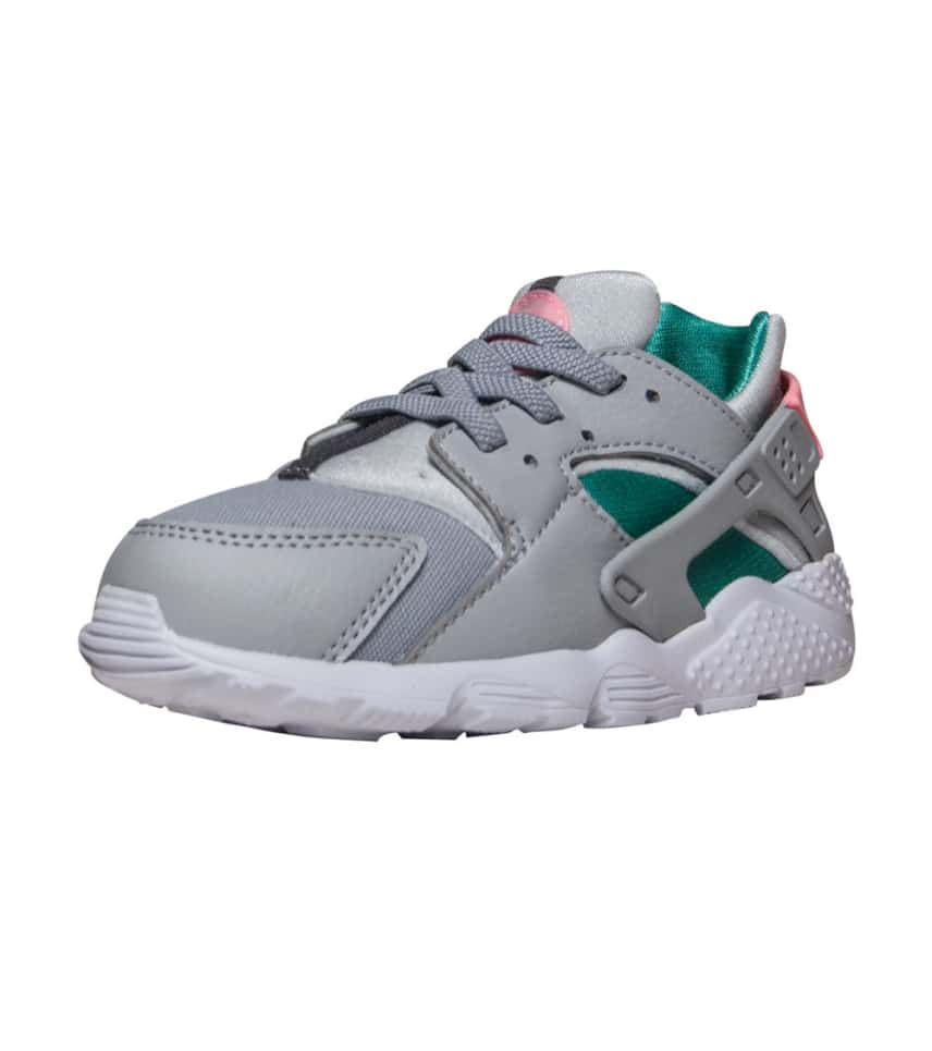 6f56e9e7a431d Nike HUARACHE RUN SNEAKER (Grey) - 704950-034