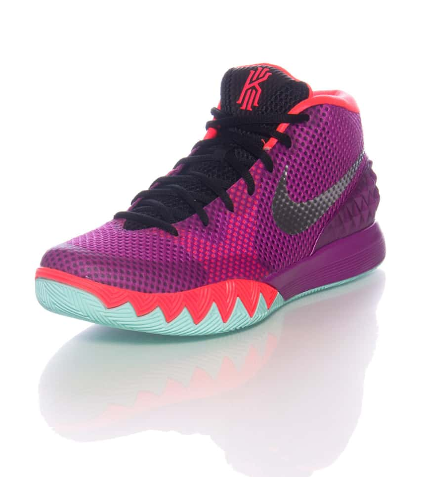 separation shoes b77c2 75303 KYRIE 1 SNEAKER
