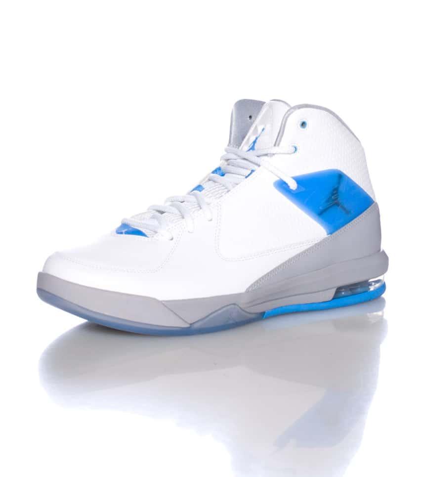 c6ccdbaeef2c Jordan AIR INCLINE SNEAKER (White) - 705796106
