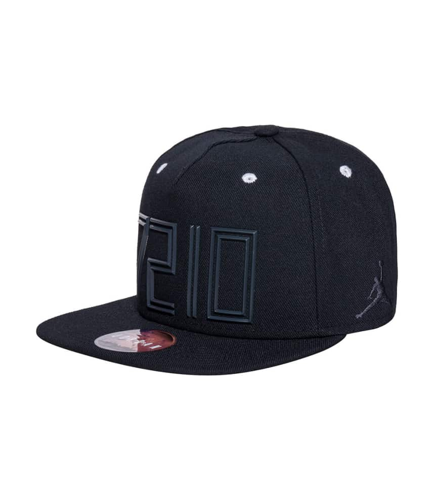 Jordan JORDAN XI SNAPBACK CAP (Black) - 746649-010  6a35bf726a5