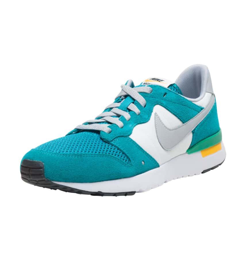 Nike Archive 83.m (Medium Blue) - 747245-300  ce27396e3