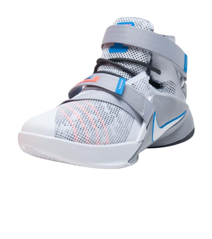 various colors f9c40 d935e Nike LEBRON SOLDIER IX SNEAKER