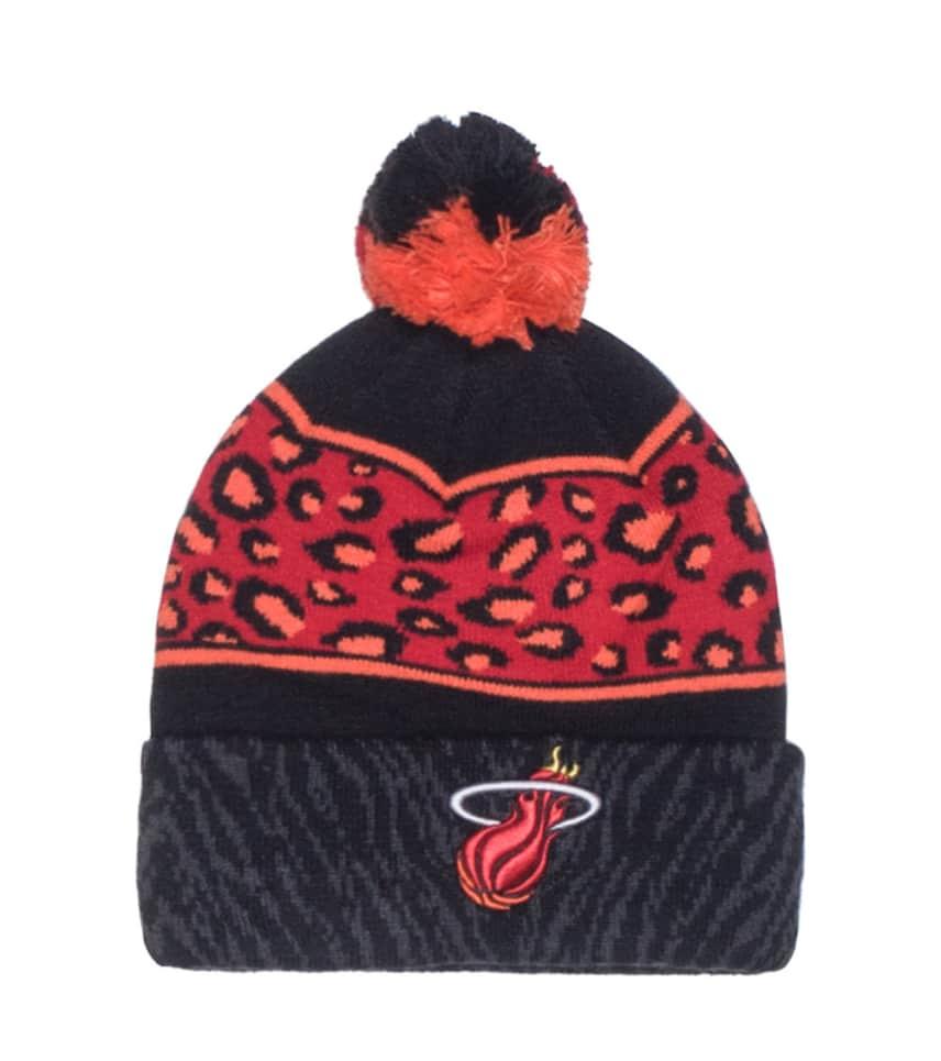 adc71332 New Era MIAMI HEAT NBA WINTER BEANIE (Red) - 80082534 | Jimmy Jazz