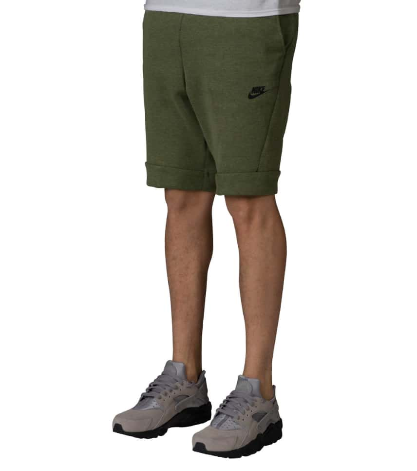 nike sportswear tech fleece shorts green 805160 387. Black Bedroom Furniture Sets. Home Design Ideas