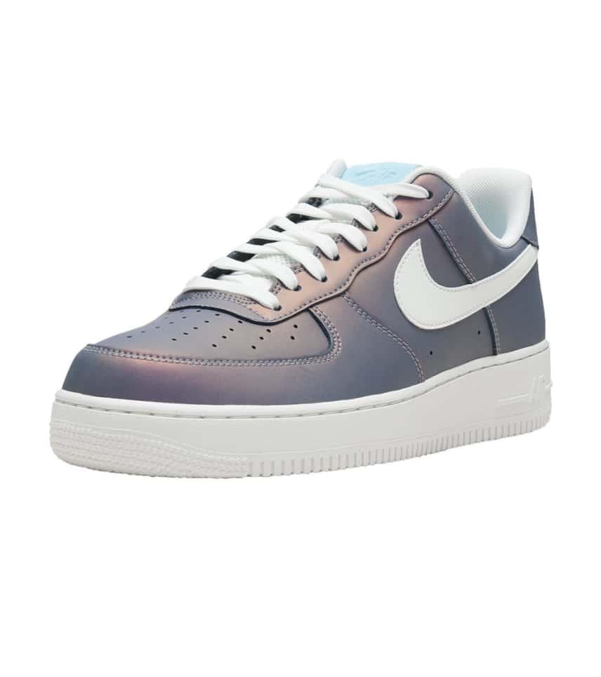 sports shoes 49b71 e7f3d Nike Air Force 1  07 LV8