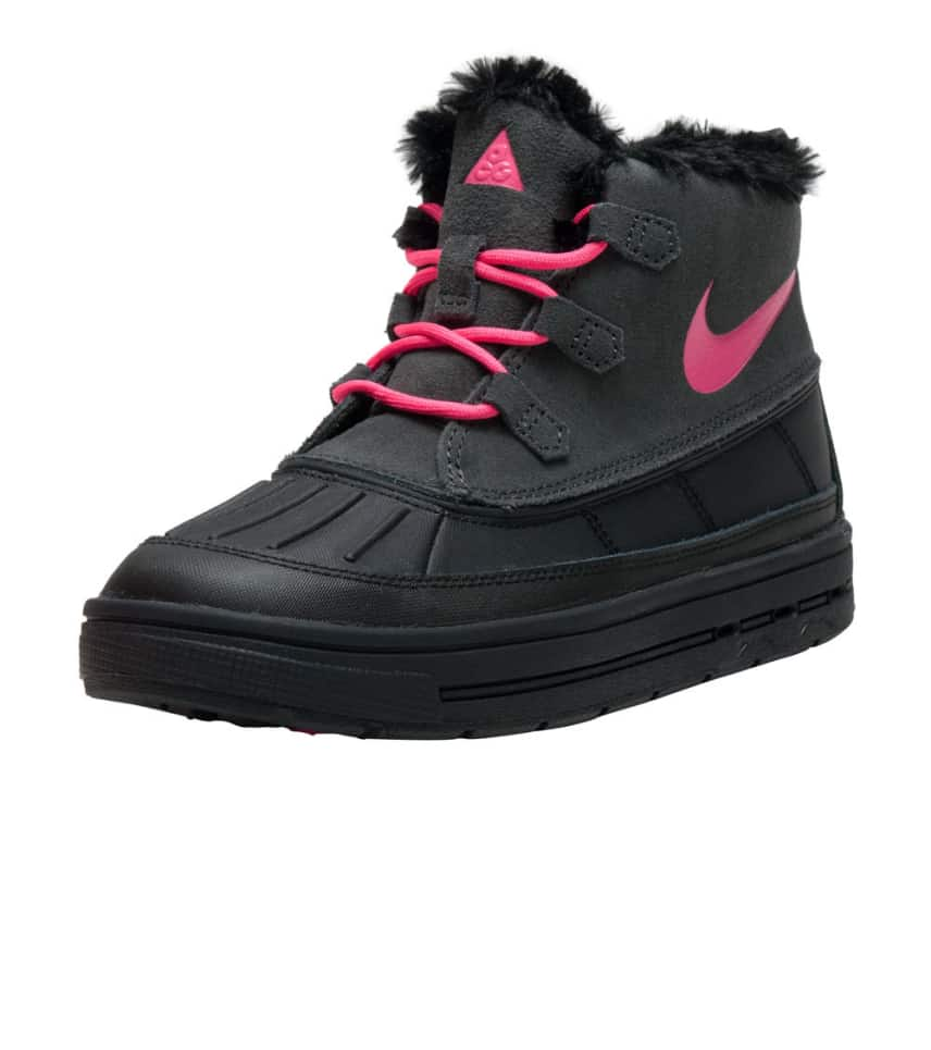 on sale fa15b e5d45 Nike WOODSIDE CHUKKA 2.  39.25orig  65.00. COLOR  Black