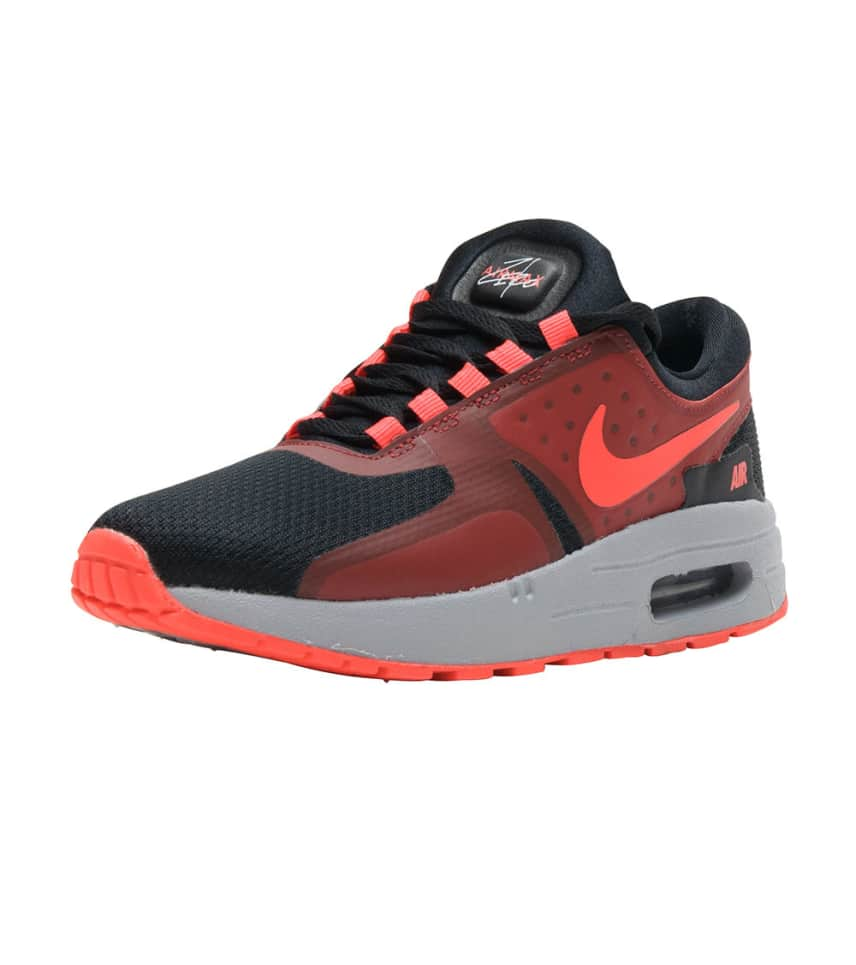 Air Max Zero Essential Sneaker