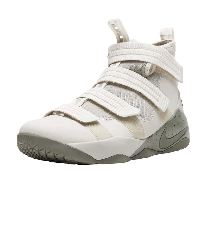8bd352f4b42e Nike Lebron Soldier XI (Beige-khaki) - 897646-005