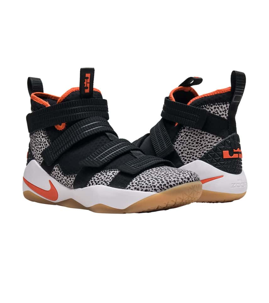 sports shoes a5da6 8c3c7 ... Nike - Sneakers - Lebron Soldier XI SFG QS