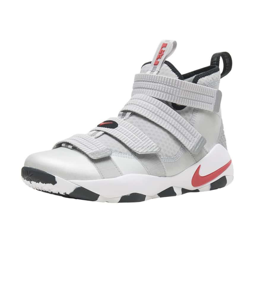5d98a2ec82e Nike Lebron Soldier XI SFG QS (Silver) - 897646-007