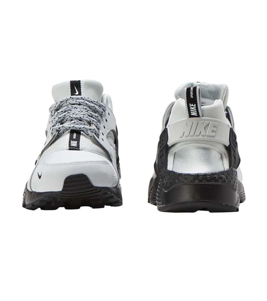 Nike Huarache Run SE (Grey) - 909143-007  fbc99b03b