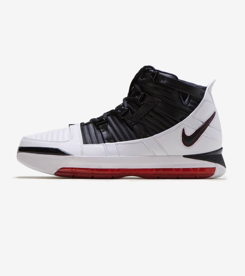 8dcb94afb593 Nike Zoom LeBron III QS