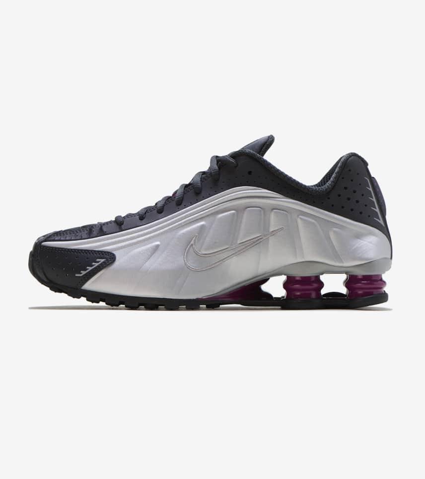more photos 50b80 5e532 Nike Shox R4