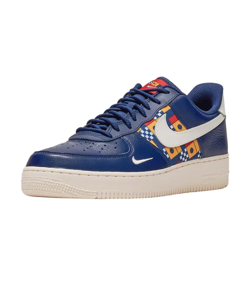meet 61296 6f648 Nike Air Force 1  07 LV8