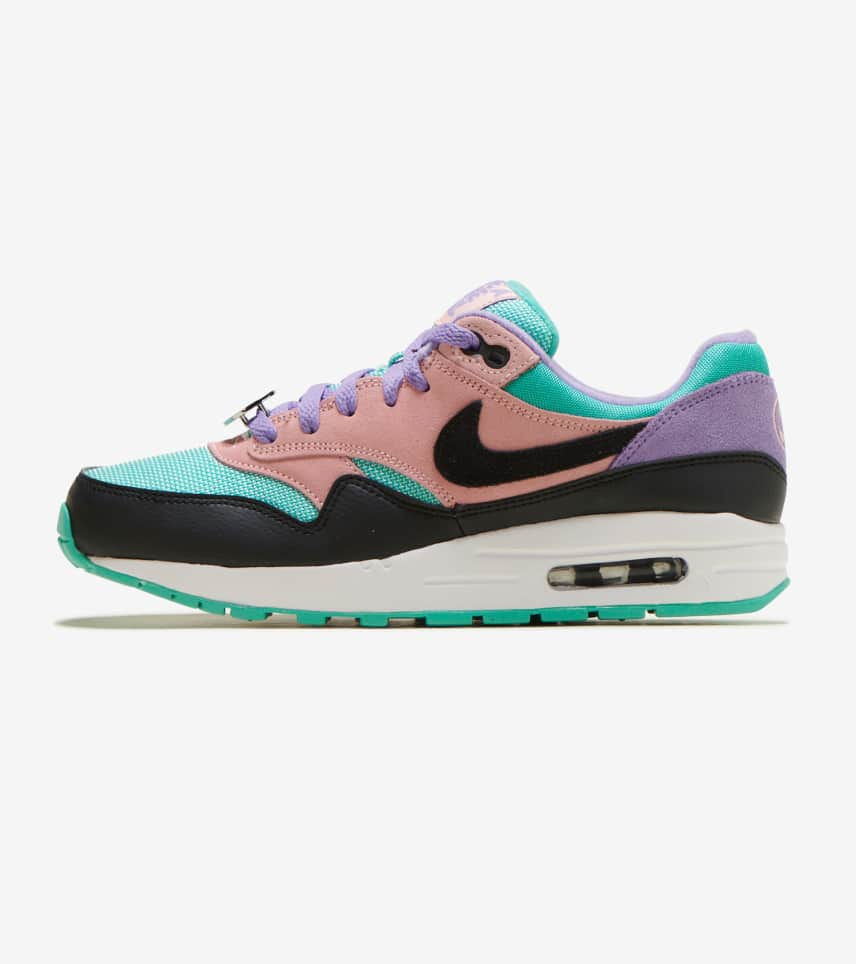 official photos 5a00e f4c58 Nike Air Max 1 NK Day