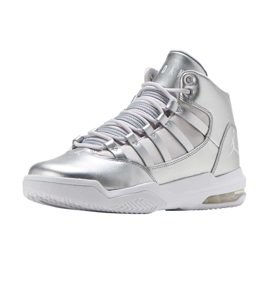 7079b893df787c Jordan Max Aura SE Basketball Sneaker (Silver) - AV5175-040