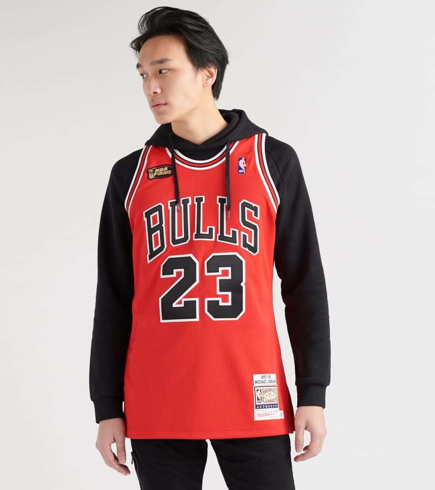new products 2f397 ae23a mitchell and ness bulls jersey
